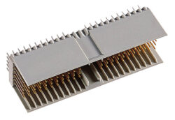 EPT: Konektor 243-11010-15-EPT: Konektor 243-11010-15: hm2.0 Zástrčka, typ A; 110 kontaktů; délka zakončení 3,7 mm; pro PCB 2,2 mm